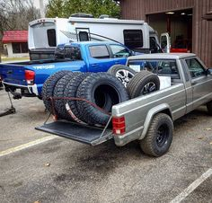 Making the #JCRManche do work and haul some new #Nitto tires for the @victory4x4 #tacoma. Sorry leaf springs