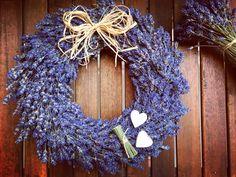 Lavender wreath with hearts Lavender Wreath, Outdoor Wreaths, Burlap Wreath, Provence, Hearts, Winter, Flowers, Diy, Home Decor
