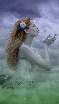 O Mundo Invisível de uma Mulher: Talvez um dia .....