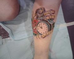 5th tattoo. I got this when I was ready to get married. :) Same leg, opposite from the hourglass.