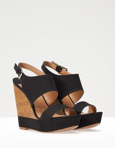 Online shopping from a great selection at Shoes Store. Shoes Heels Wedges, Wedge Shoes, Shoes Sandals, Cute Shoes, Me Too Shoes, Crazy Shoes, Beautiful Shoes, Fashion Shoes, Shoe Boots