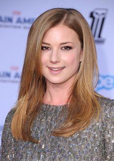 Emily VanCamp's Makeup at Captain America Premiere 2014 | POPSUGAR Beauty