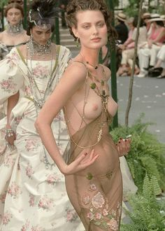 Princess Of The Cute & Macabre, ss1997:  kootah:    Dior '97    Shalom…