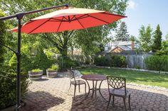 Garden Umbrellas – Home Interior Design Ideas Cozy Backyard, Backyard Fences, Grand Parasol, Garden Parasols, Umbrellas Parasols, Outdoor Fire, Outdoor Decor, Amazing Gardens, Garden Furniture