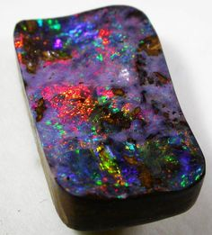18.31 CTS QUALITY BOULDER OPAL FROM WINTON [Q1052]SH  NATURAL BOULDER OPAL FROM QUEENSLAND AUSTRALIA, BOULDER OPAL GEMSTONE  AT OPALAUCTIONS.COM
