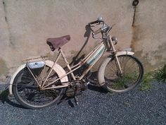 mobylette 50 et moto motob cane 125 cm3 quatre temps souvenirs d enfance pinterest. Black Bedroom Furniture Sets. Home Design Ideas