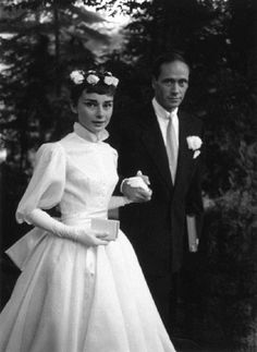Chic Vintage Bride – Audrey Hepburn married Mel Ferrer in 1954, wearing a Balmain dress that with its tiny waist, wide sleeves and full skirt, was simultaneously of the moment and utterly timeless.