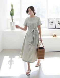 bestie cach mix do ke sieu dep 4 Lovely Dresses, Simple Dresses, Casual Dresses, Modest Outfits, Modest Fashion, Fashion Dresses, Look Street Style, Everyday Dresses, Asian Fashion