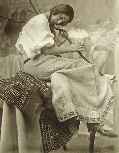 Alphonse Mucha, studio picture.