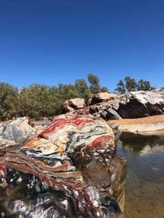 Beautiful jasper reef at Marble Bar. Gary Junction to Marble Bar, WA. Outback Australia, Parks, Camping, New Adventures, Western Australia, Natural Wonders, Vacation Trips, Wilderness, Fresh Water