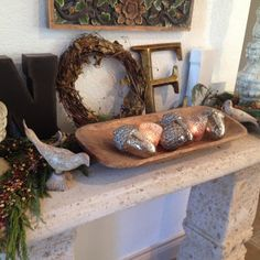 The Decorating Duchess: S'more Christmas Decorating Pics. ~ Entry Table