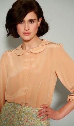 Peach blouse + high waisted floral shorts