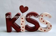 Wooden crafts -KISS for Valentine