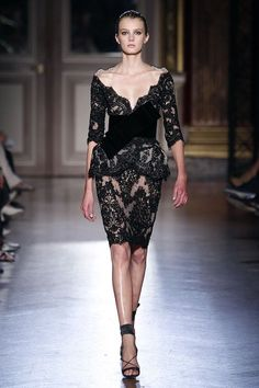 Zuhair Murad‏ this looks like the perfect dress for Anne Hathaway