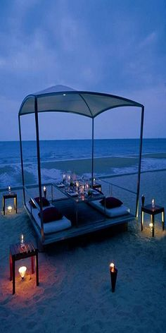 Beach dinner for four