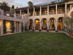 "The Magnificent 57 Million Dollar Peabody Estate ""Solana"", Santa Barbara CA Hacienda Style Homes, Mediterranean Style Homes, Spanish Style Homes, Spanish House, Peabody Estate, Casa Patio, Mansions For Sale, Le Palais, Decoration Design"