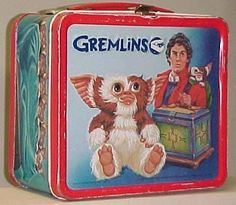 Ten Retro Lunch Boxes Anyone Old Enough to Remember Them Wil.- Ten Retro Lunch Boxes Anyone Old Enough to Remember Them Will Love Top 10 Best Retro Lunch Boxes - Retro Lunch Boxes, Lunch Box Thermos, Tin Lunch Boxes, Metal Lunch Box, Lunch Containers, School Lunch Box, School Lunches, School Days, Boite A Lunch