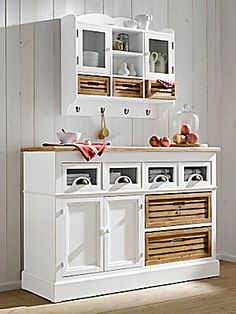 attraktiver hängeschrank in weiß - landhausstil für ihr zuhause ... - Hängeschrank Küche Landhausstil