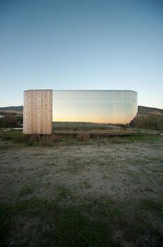 The Non Program Pavilion / Jesús Torres García • Architects  예쁘긴 하다.