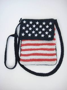 Vintage Small Woven American Flag Purse   http://totalrecallvintage.com/knit_american_flag_purse.html