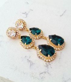Ideas Bridal Earrings Long Chandeliers For 2019 14k White Gold Earrings, Emerald Earrings, Green Earrings, Pearl Stud Earrings, Pearl Studs, Bridal Earrings, Clip On Earrings, Bridal Jewellery, Drop Earrings