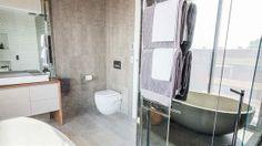 Kyal + Kara's main bathroom | The Block Fans v Faves | Jump-in