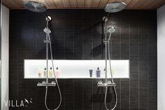 Tyylikkäästi valaistu saippuasyvennys pesuhuoneessa