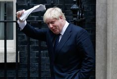 Boris Johnson vor der 10 Downing Street