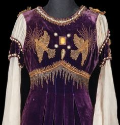 Gold bullion-embroidered silk velvet gown designed by Adrian for Norma Shearer in Romeo and Juliet (MGM, 1936).