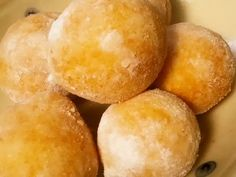 10分で♪ふわっふわ♡ひとくちドーナツの画像 Sweets Recipes, Baby Food Recipes, Low Carb Recipes, Snack Recipes, Snacks, Donut Images, Cook Pad, Bread Cake, Donuts