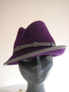 Ladies' hat felt and leather