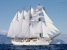 """Buque Escuela de la Armada española, el """"Juan Sebastián de Elcano"""""""