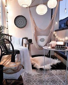 51 Classy Modern Farmhouse Home Decoration With Small Terrace - Balkon