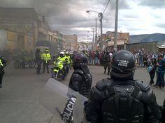 La militarización avanza en la zona de Nariño #ParoNacional #Colombia (vía @MiltonteleSUR)