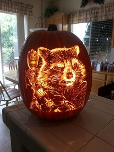 Alex Wer from Elk Grove, California has made custom-carved pumpkin for the upcoming Halloween which will awe-inspire you. Halloween Art, Halloween Pumpkins, Happy Halloween, Halloween Decorations, Autumn Decorations, Pumpkin Art, Pumpkin Carvings, Pumpkin Ideas, Painted Pumpkins
