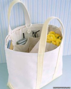 Craft an Efficient Spring Tote This handy three-pocket pouch can be fashioned easily from a carpenter's canvas nail apron (available at hardware stores) to create a super-organized carry-all. Sewing Patterns Free, Free Sewing, Sewing Tutorials, Sewing Hacks, Sewing Crafts, Sewing Projects, Free Pattern, Bag Tutorials, Free Tote Bag Patterns