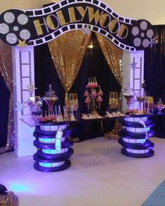 65 Ideas party themes hollywood sweet 16 for 2019 Deco Cinema, Cinema Party, Movie Party, Shower Party, Baby Shower Parties, Hollywood Birthday Parties, Hollywood Theme Party Food, Hollywood Decorations, Old Hollywood Party