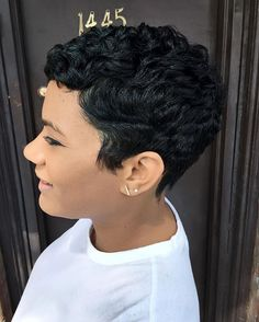 EVERYTHING!!!! #lahairstylist #thecutlife #modernsalon #essencemag #brooklynhairstylist