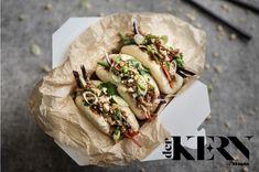 Inspiration from the worlds of kitchen design and cuisine Jackfruit Recipes, Bao Buns, Vegan Comfort Food, Hoisin Sauce, Vegan Vegetarian, Vegetarian Entrees, Vegan Food, Recipe Images, Summer Recipes