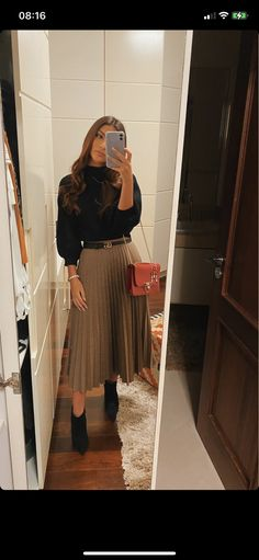 Cute Fall Outfits, Winter Fashion Outfits, Cute Casual Outfits, Modest Outfits, Look Fashion, Skirt Fashion, Chic Outfits, College Outfits, Office Outfits