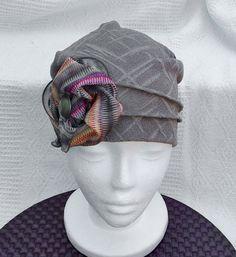 Bonnet chimio femme, chapeau chimio adulte, tuque perte de cheveux, bonnet cancer, chapeau souple, saisonnier, intérieur fait à la main. de la boutique BleuKaktus sur Etsy