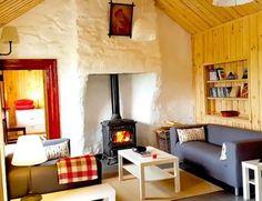 UNIQUE Airbnbs in Ireland: 39 Unusual + Quirky Spots for 2020 Places To Stay In Ireland, Quirky Places To Stay, Ireland Beach, Ireland Vacation, Irish Cottage, Old Cottage, England Ireland, Short Break, Donegal