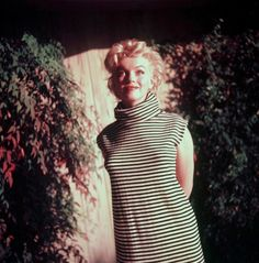Marilyn Monroe photoshoot by Ted Baron Marilyn Monroe Life, Marilyn Monroe Photos, Joe Dimaggio, Ted, Believe, Norma Jeane, Rare Photos, Vintage Photos, Celebs
