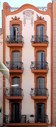 1911 house, still in great shape.Barcelona -Catalonia Elkano  by Arnim Schulz, via Flickr