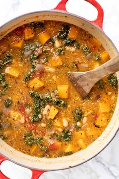 This hearty Tuscan Kale White Bean Stew is the perfect cozy vegan/vegetarian meal! With delicious chunks of butternut squash and kale, this homemade one-pot recipe is bound to become a dinner classic! Whole Food Recipes, Vegan Recipes, Cooking Recipes, Fall Vegetarian Recipes, One Pot Recipes, Healthy Stew Recipes, Kale Soup Recipes, Tuscan Recipes, Mediterranean Recipes