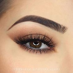 Thanks @paulina_alaiev for this stunning shot of our 'Lashlorette' #lashes ! These lashes are a must-have for every girl's collection with their natural & feminine design. #Esqido #EsqidoLashes #FalseLashes  .  .  .  #minklashes #instabeauty #instamakeup #beautyful #glam #motd #makeupobsessed