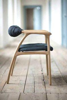 Sandalyenizi kullanım şeklinizle evinizde daha modern bir hava yaratabilirsiniz