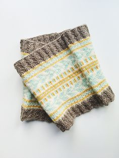 Ravelry: Cadwyn Cowl pattern by Frances Othen-Wales Fair Isle Pattern, Dk Weight Yarn, Wales, Cosy, Ravelry, Scrap, France, Colours, Knitting