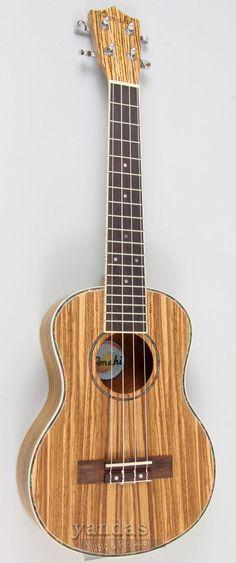 Máxima elegancia, un delicioso manjar, tener un ukulele hawaiiano en nuestras manos. . . #ukulele #ukuleles #ukulelesoprano #ukulelesong #ukulelechord #ukelele #ukusoprano #uku @ukelele #ukelelesoprano Ukulele Songs, Ukulele Chords, Ukelele Soprano, Classic Series, Body Size, Instruments, Career, Wood, Music