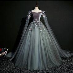 Medieval Dress, Renaissance Dresses, Medieval Costume, Ball Gown Dresses, Prom Dresses, Quince Dresses, Wedding Dresses, Tulle Ball Gown, Quinceanera Dresses